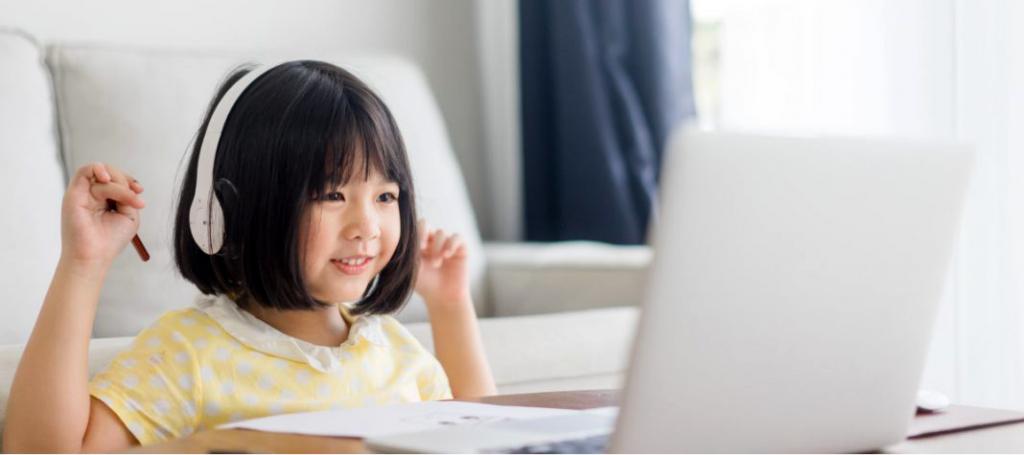 [Articles] ข้อดีของการเรียนภาษาอังกฤษออนไลน์